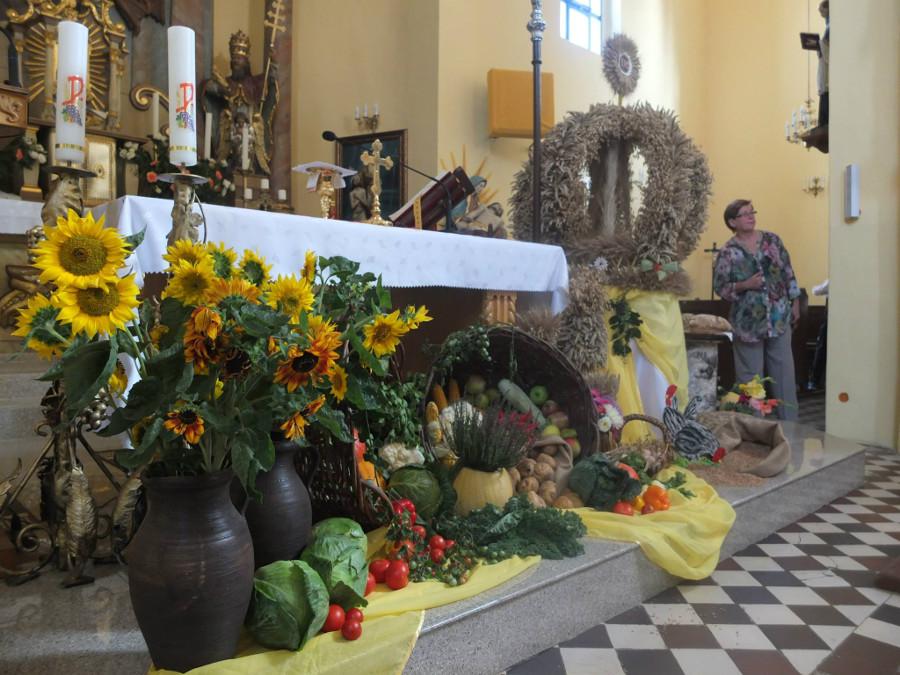 Kościół w czasie dożynek