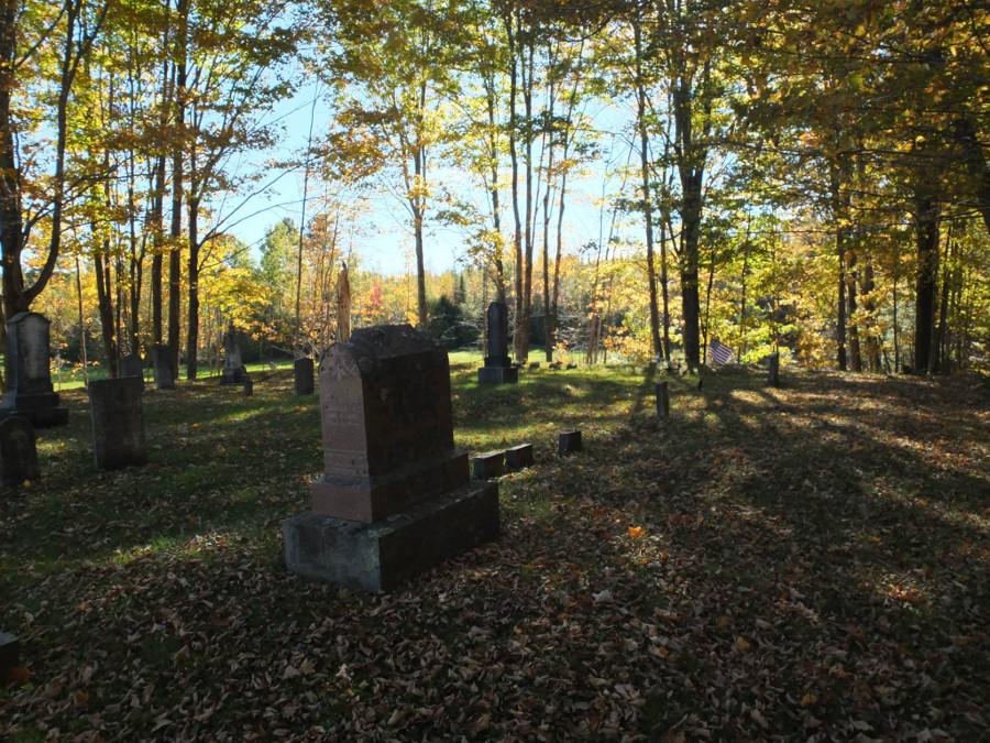 Jesienny cmentarz