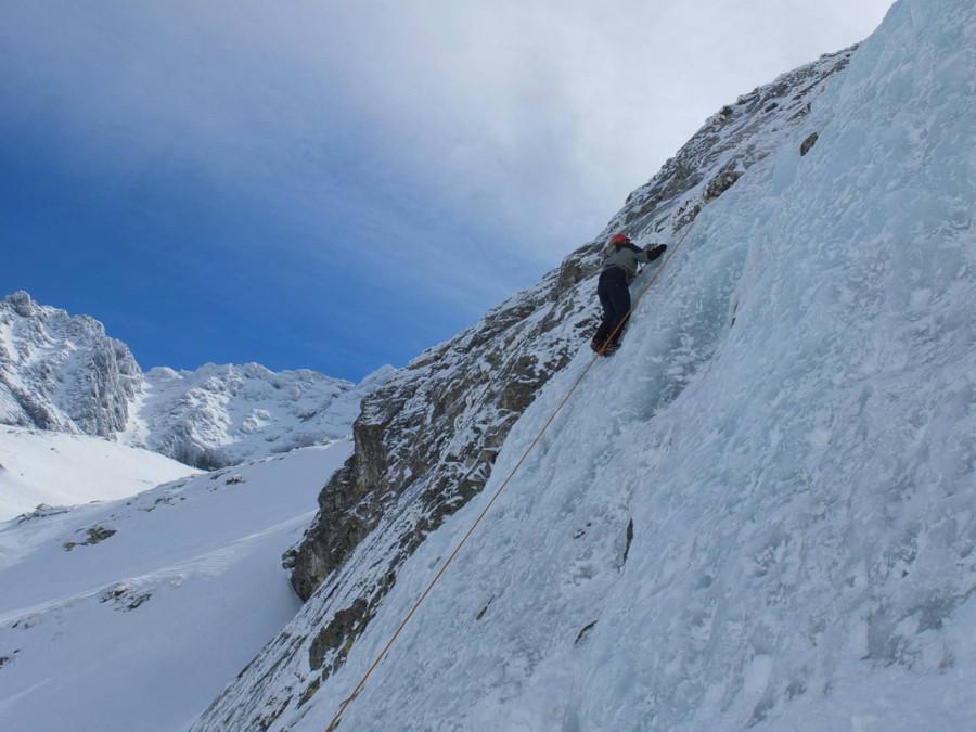 Wspinaczka po lodospadzie